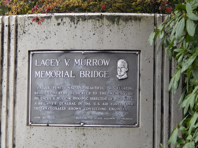 Plaque commemorating Bridge named for Lacey V Murrow.