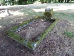 1916 final resting place of 17 year old.