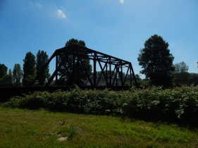 Old metal Railroad Bridge survives on Green River
