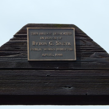 Dedication Plaque on Foot bridge over Green River at 180th.