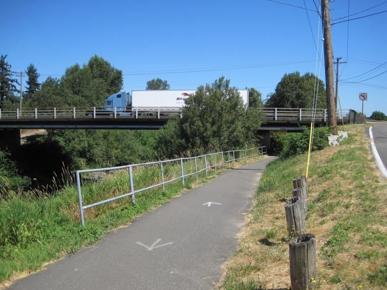 Trail looking north under 212th bridge