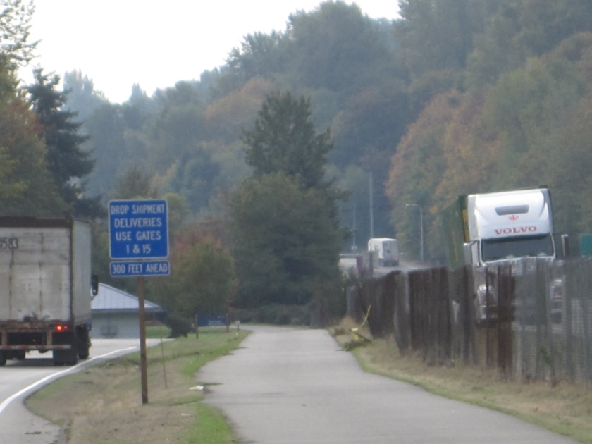 Green River Trail between trucks