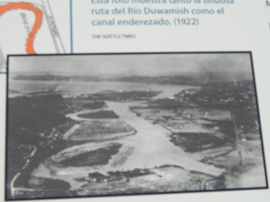 Photo showing new & old Duwamish River