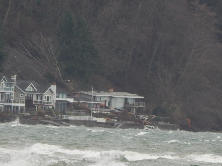 Standring Ln Burien WA mudslide hits house