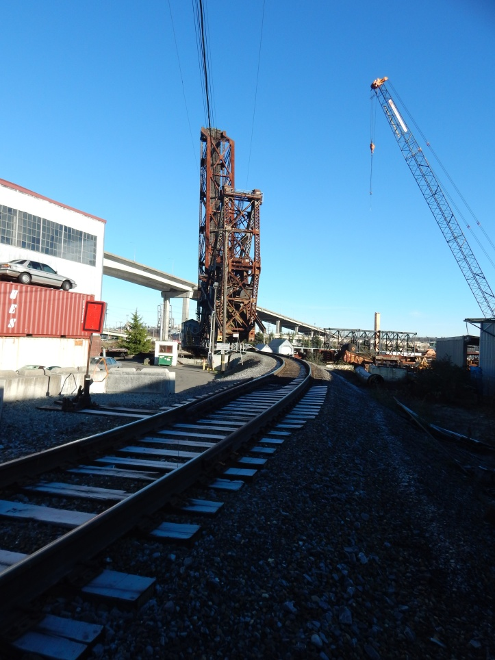 Walking up to the West Seattle Duwamish Railroad bridge