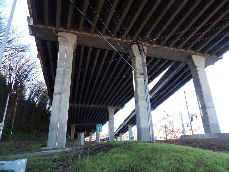 Underskirt of upper West Seattle Bridge at Riverside