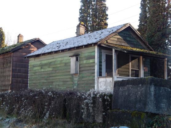 Small home from past in Riverside near W Sea Bridge